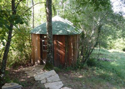 Toilettes sèche du camping au coeur des bois à Manaska Haute Garonne