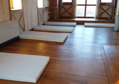 Hébergement en dortoir écologique pour séjour bien-être à Montbrun-Bocage