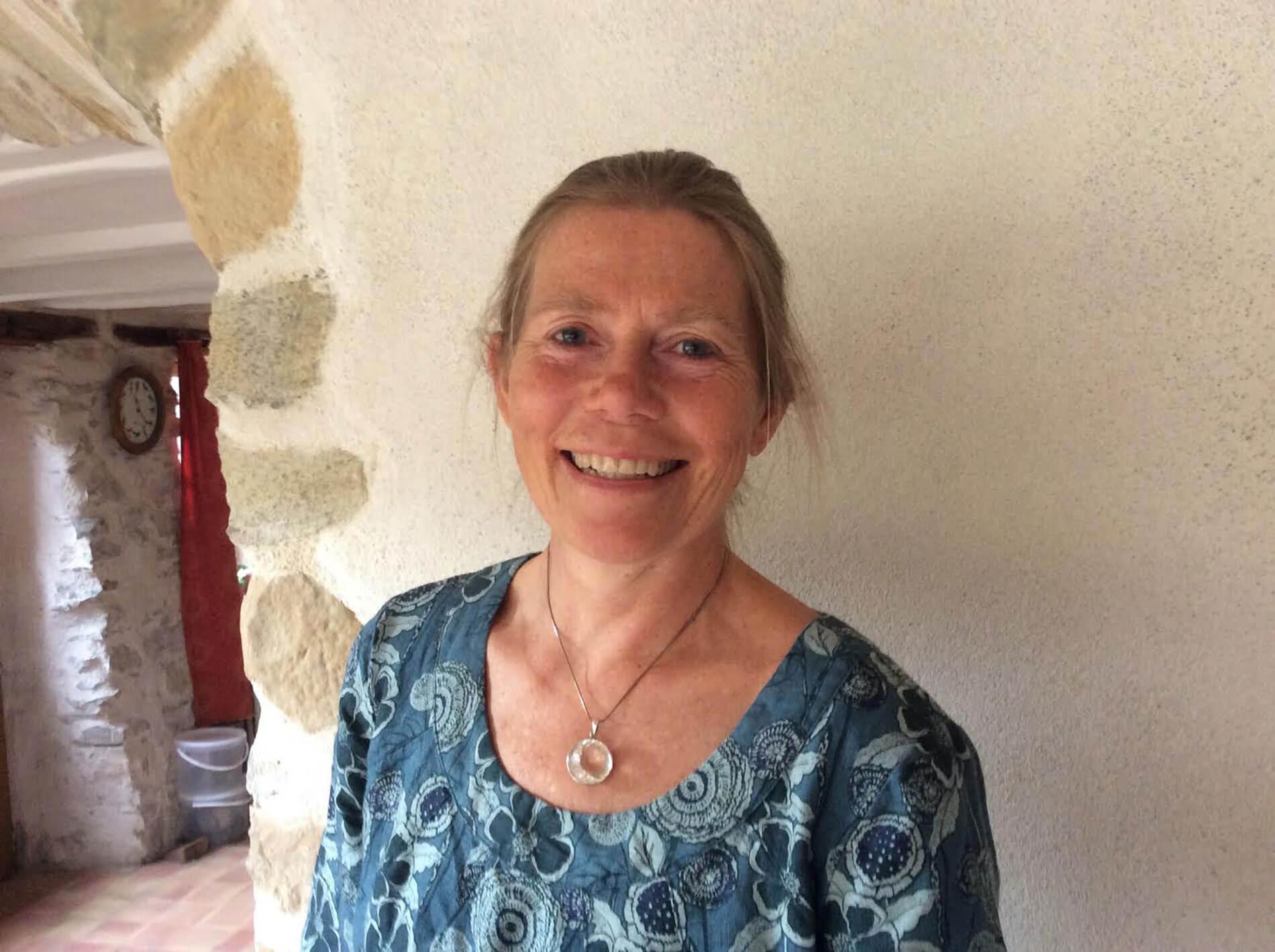 Portait de Nochenka Welsh psychopraticienne à Montbrun-Bocage